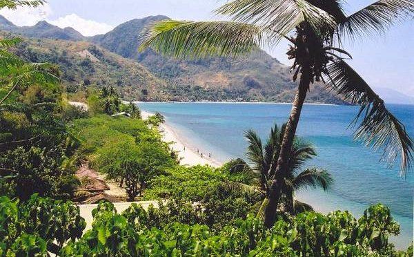 Beach_North_Mindoro_Philippines