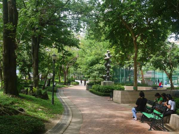 ベンチャシリ公園-4