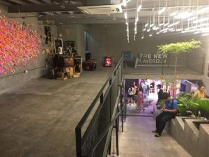 The New Play Ground店内