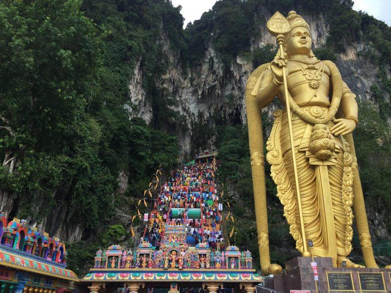 【マレーシアのパワースポット巡り④】ヒンドゥ教の聖地バツー洞窟に行ってきた